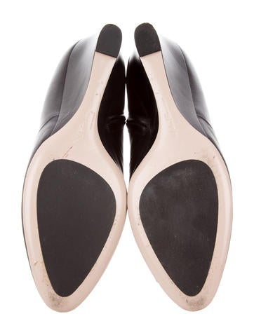 felda men Women's comfortiva felda slingback with free shipping & exchanges you'll always look your best in the felda slingback a leather sandal with.
