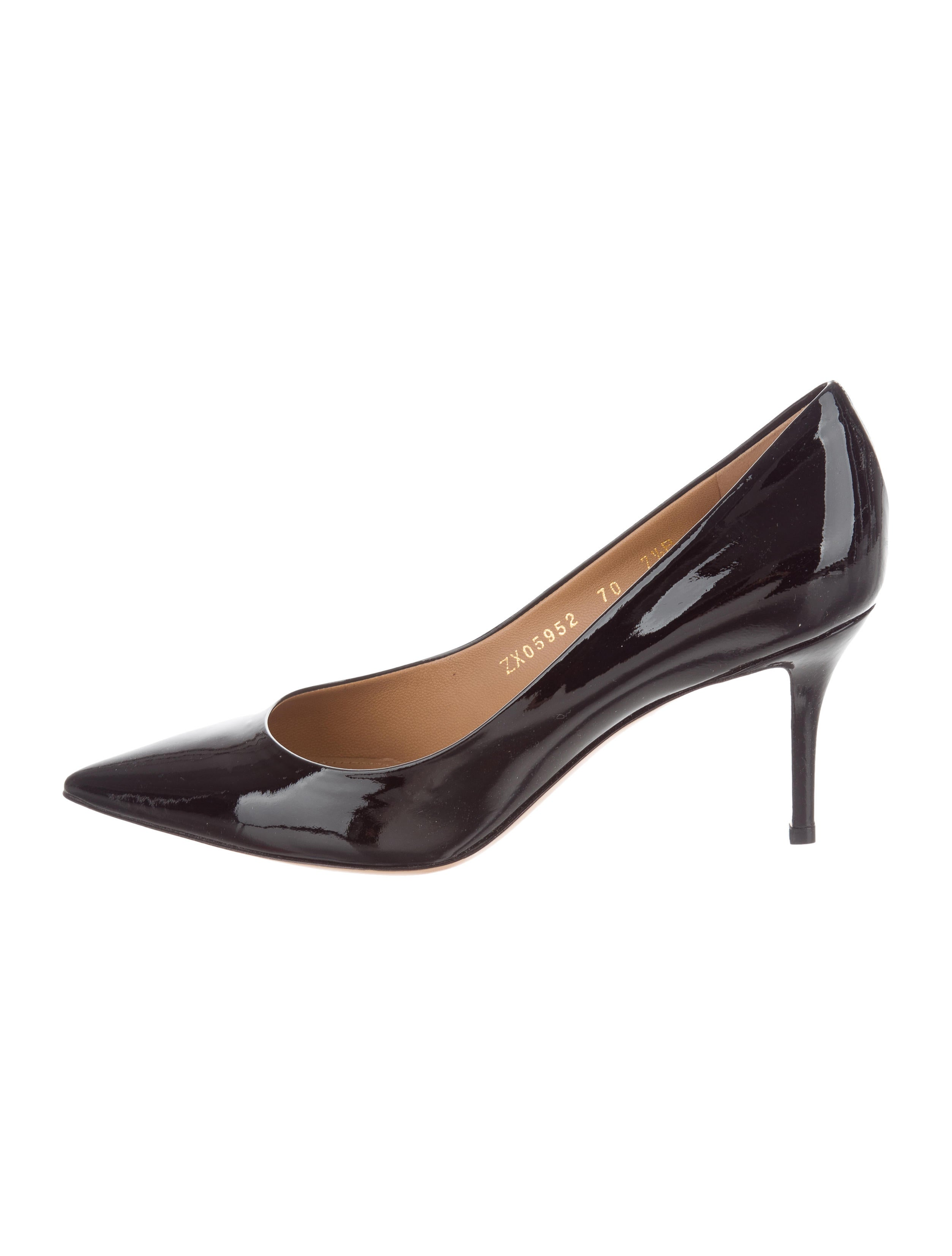 Salvatore Ferragamo Patent Leather Pointed-Toe Pumps free shipping outlet clearance affordable pick a best nwTuIj