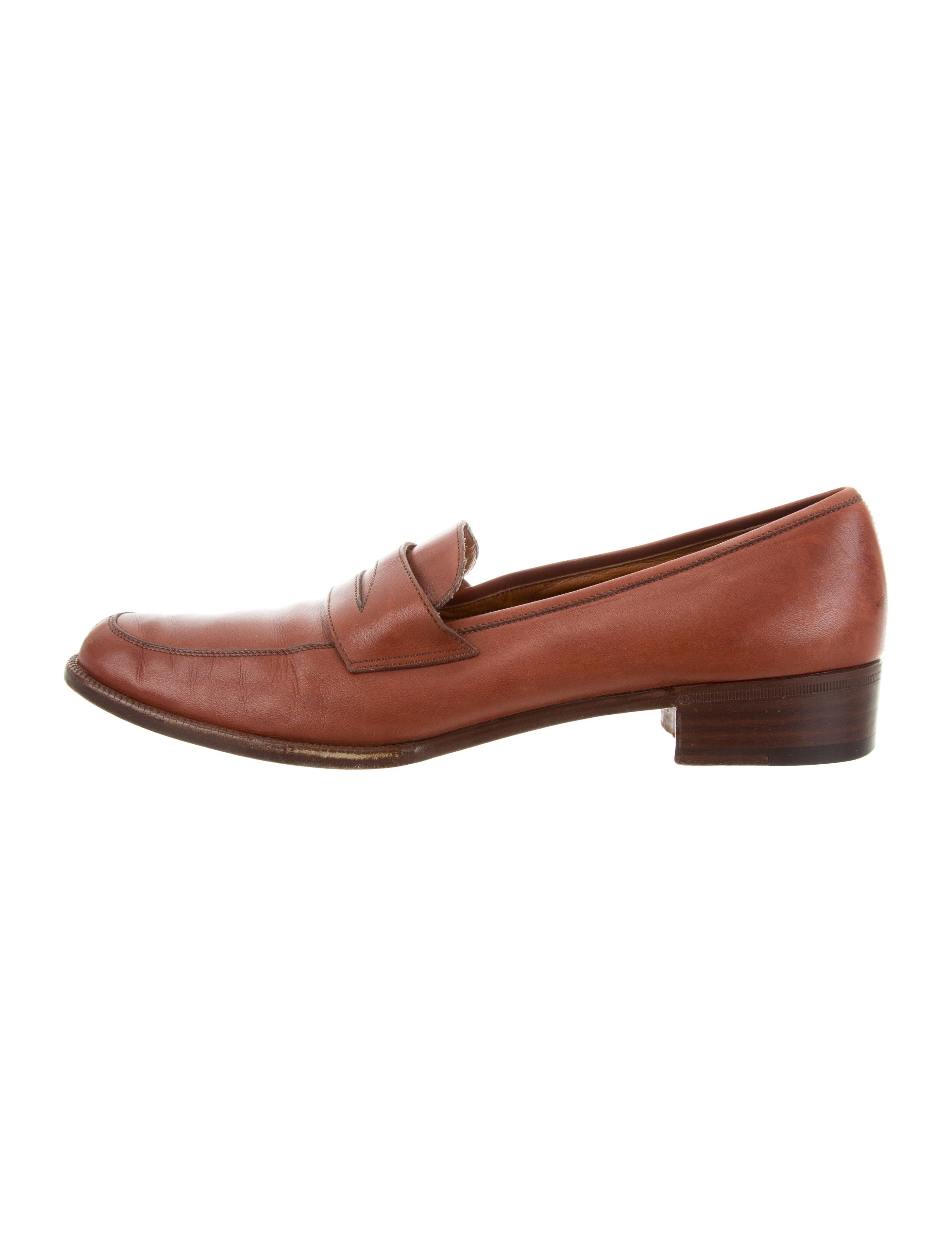 Salvatore Ferragamo Round-Toe Leather Loafers free shipping popular NRomWGIv