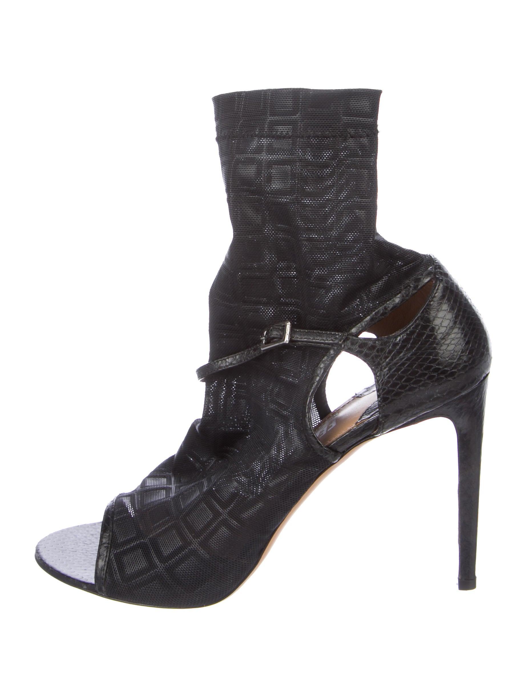 Salvatore Ferragamo Mesh Embossed Sandals footlocker cheap online oLqFlN67m