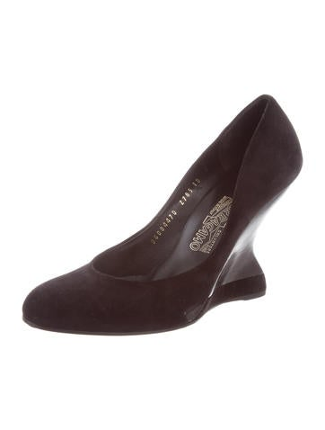 Salvatore Ferragamo Leather Round-Toe Wedges low price fee shipping sale online JY3IR
