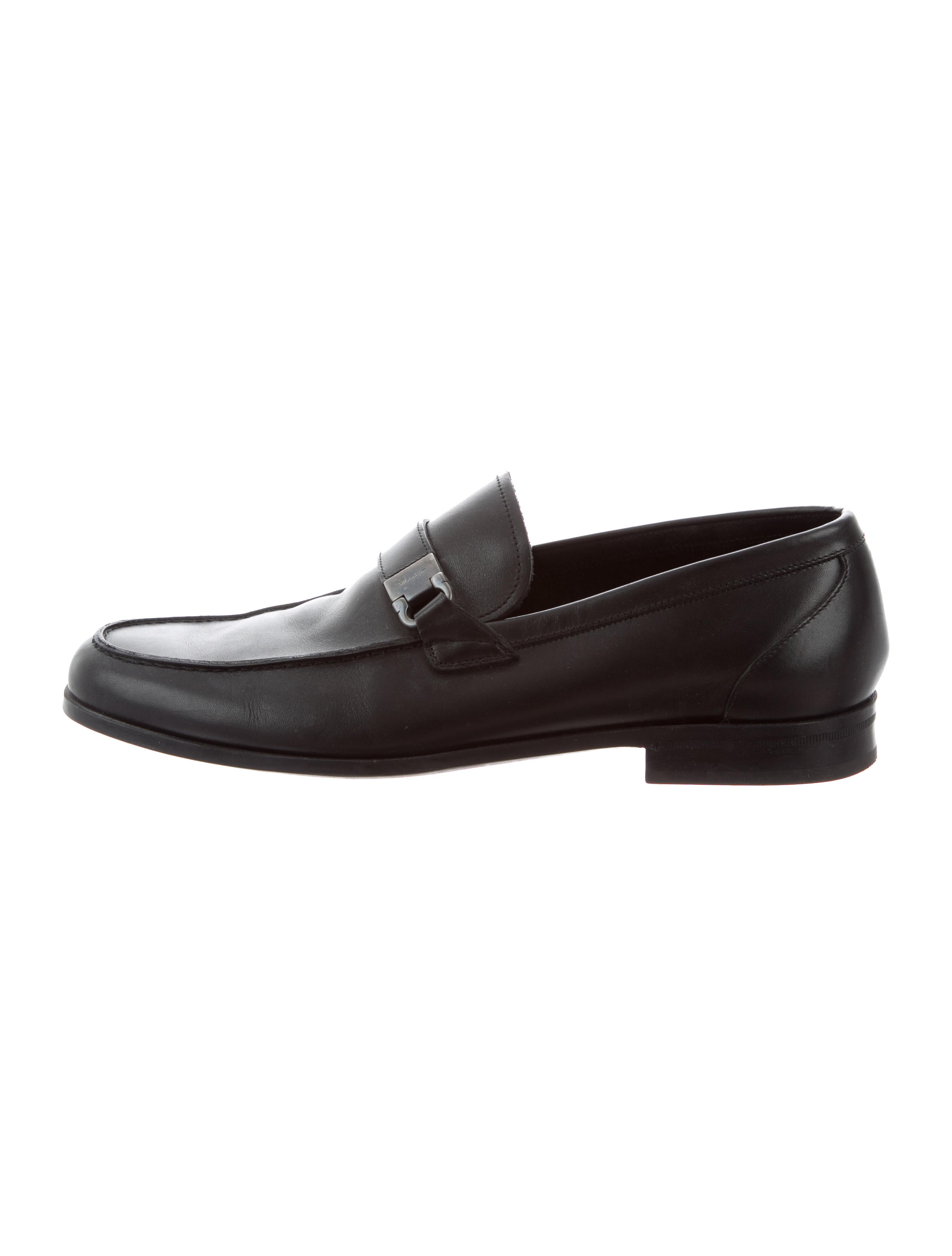 Salvatore Ferragamo Leather Round-Toe Loafers cheap sale 2015 new cheap sale websites XEVM6d689