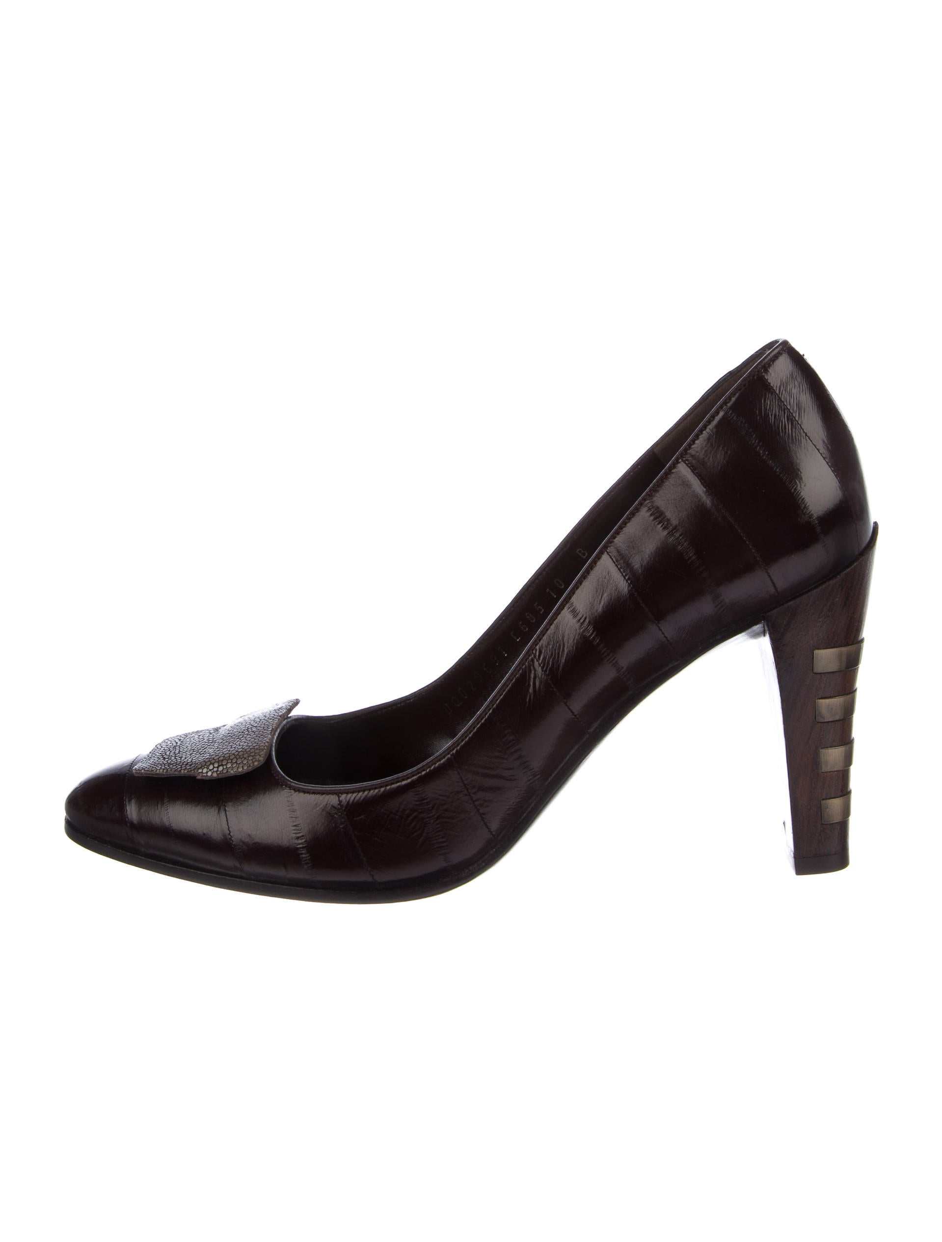 outlet choice huge surprise cheap online Salvatore Ferragamo Eel Semi Pointed-toe Pumps w/ Tags clearance geniue stockist looking for cheap online cheapest price 0ik0ge