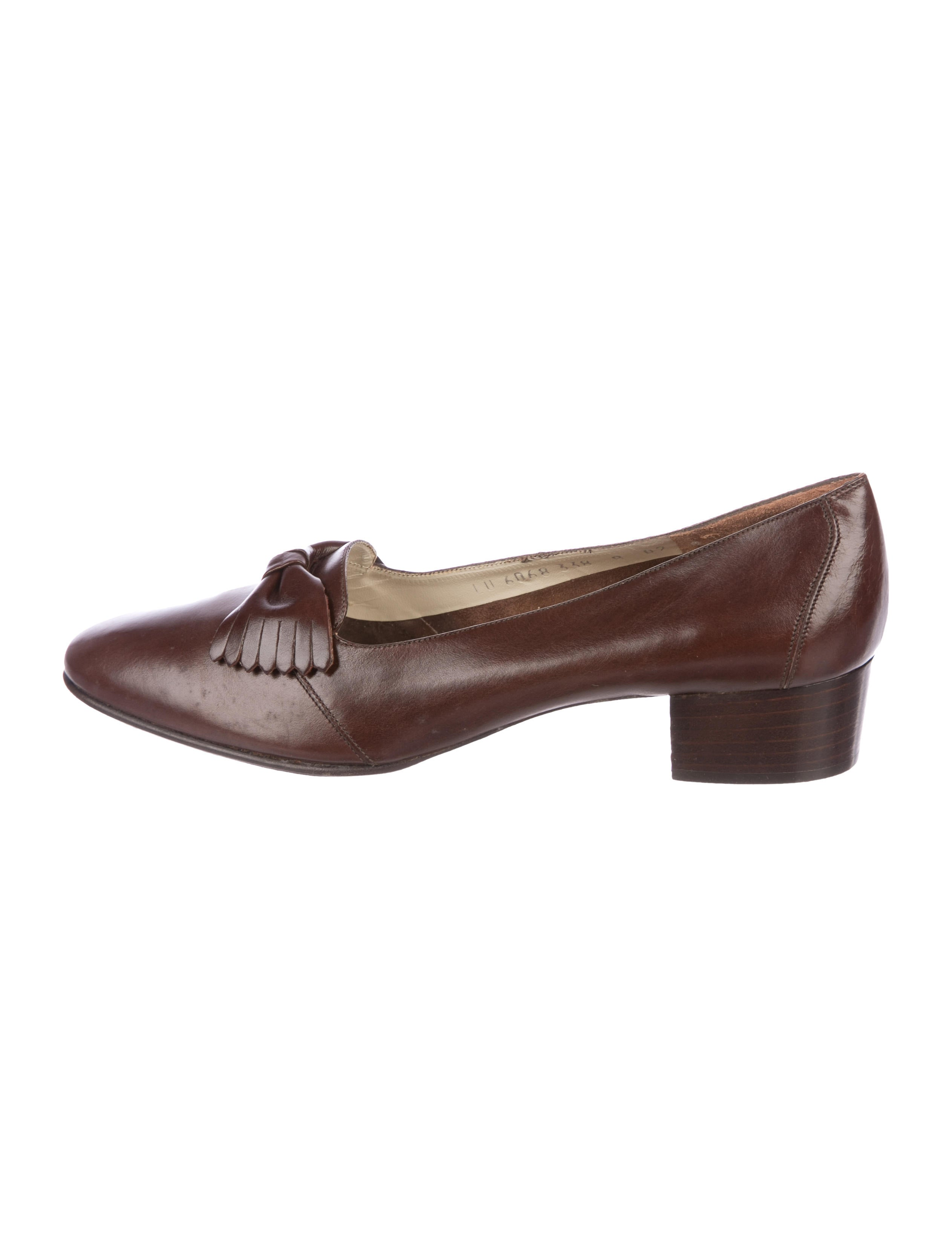 sale pre order Salvatore Ferragamo Gildab Bow Pumps w/ Tags cheap sale clearance store free shipping sale online sale from china sale visit Ph4KrK8