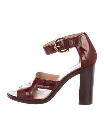 Salvatore Ferragamo Naula Leather Sandals amazon online fEdD0Tl3