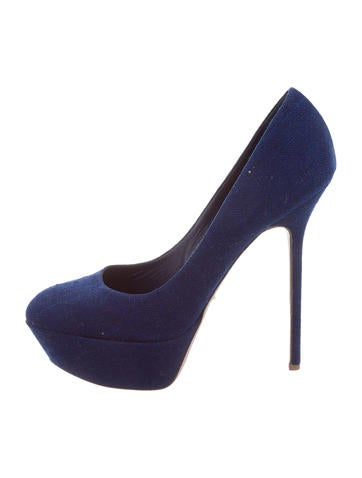 Navy Platform Pumps