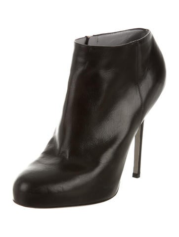 Round-Toe Leather Booties