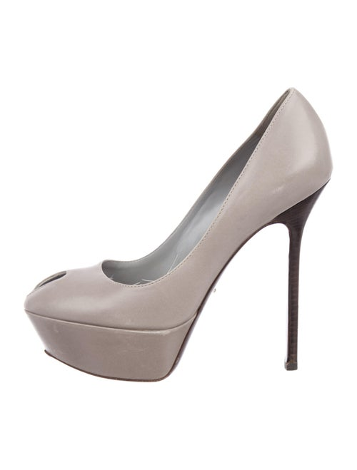 Sergio Rossi Leather Pumps Grey