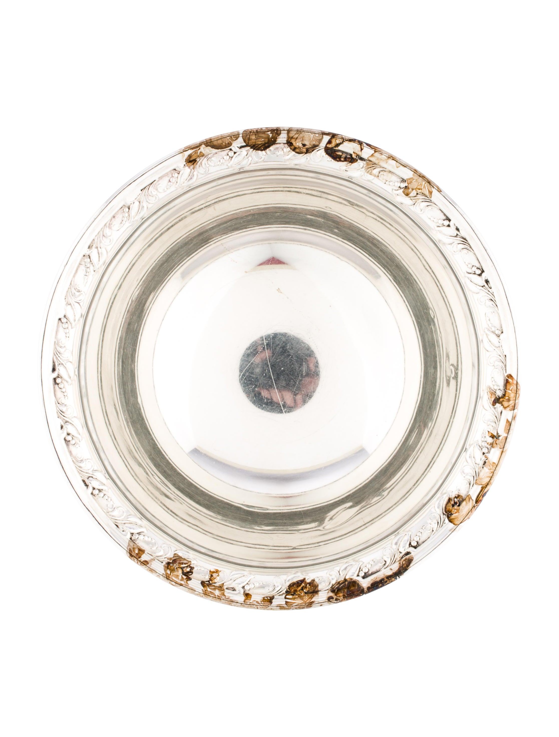Quaker silver co small bowl decor and accessories for Artistic accents genuine silver decoration