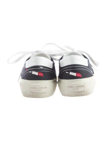 Lipstick Printed Low-Top Sneakers