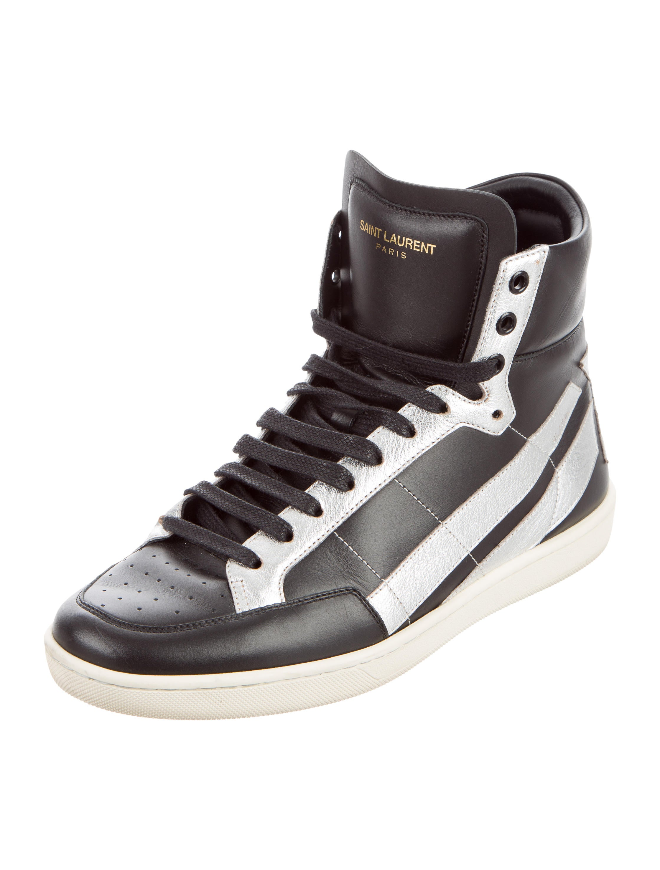 saint laurent star leather sneakers shoes snt31257 the realreal. Black Bedroom Furniture Sets. Home Design Ideas