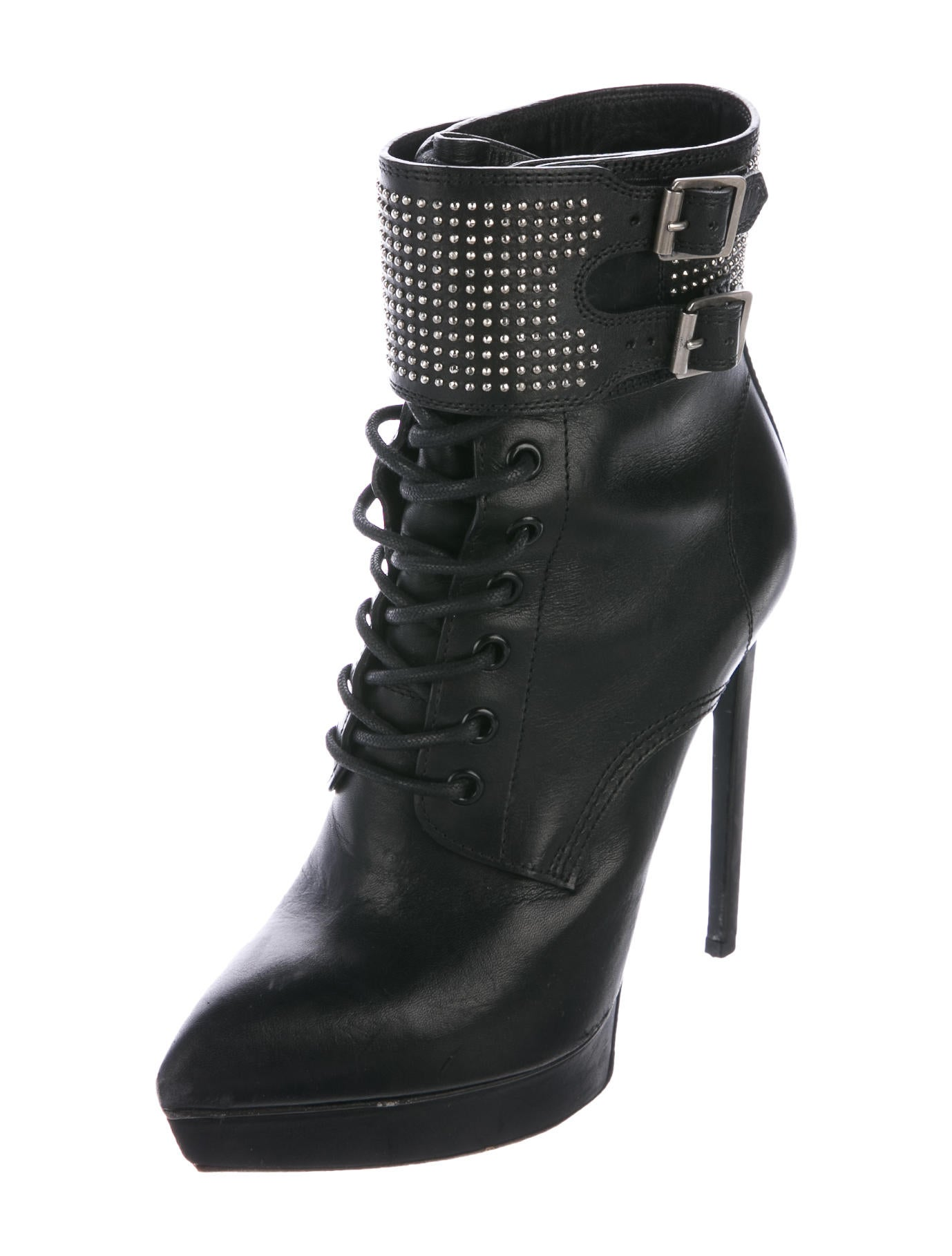 Discover platform shoes with ASOS. Shop from a range of platform shoes, platform boots and other platform shoe styles.