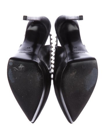 Studded Leather Pumps