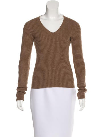 The Row Cable Knit Long Sleeve Sweater None