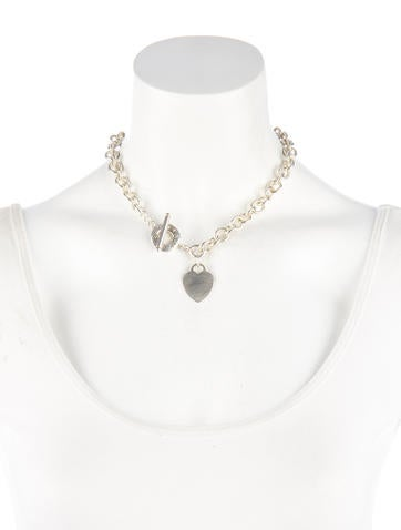 Heart Tag Toggle Necklace