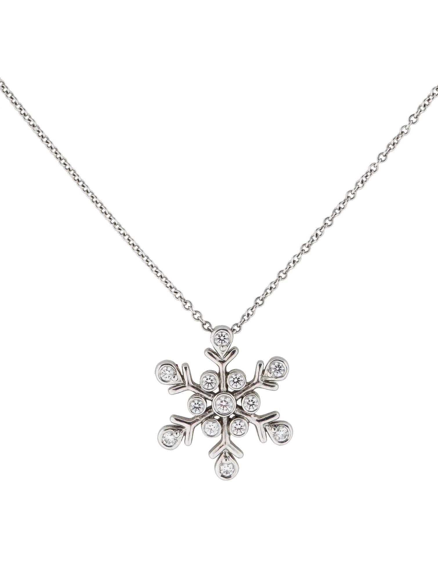 silver hanl jewelry snowflake com diamond pendant necklace amazon dp white carat gold