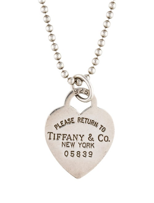 4dc96a0ff Tiffany & Co. Return To Tiffany Heart Tag Pendant Necklace ...