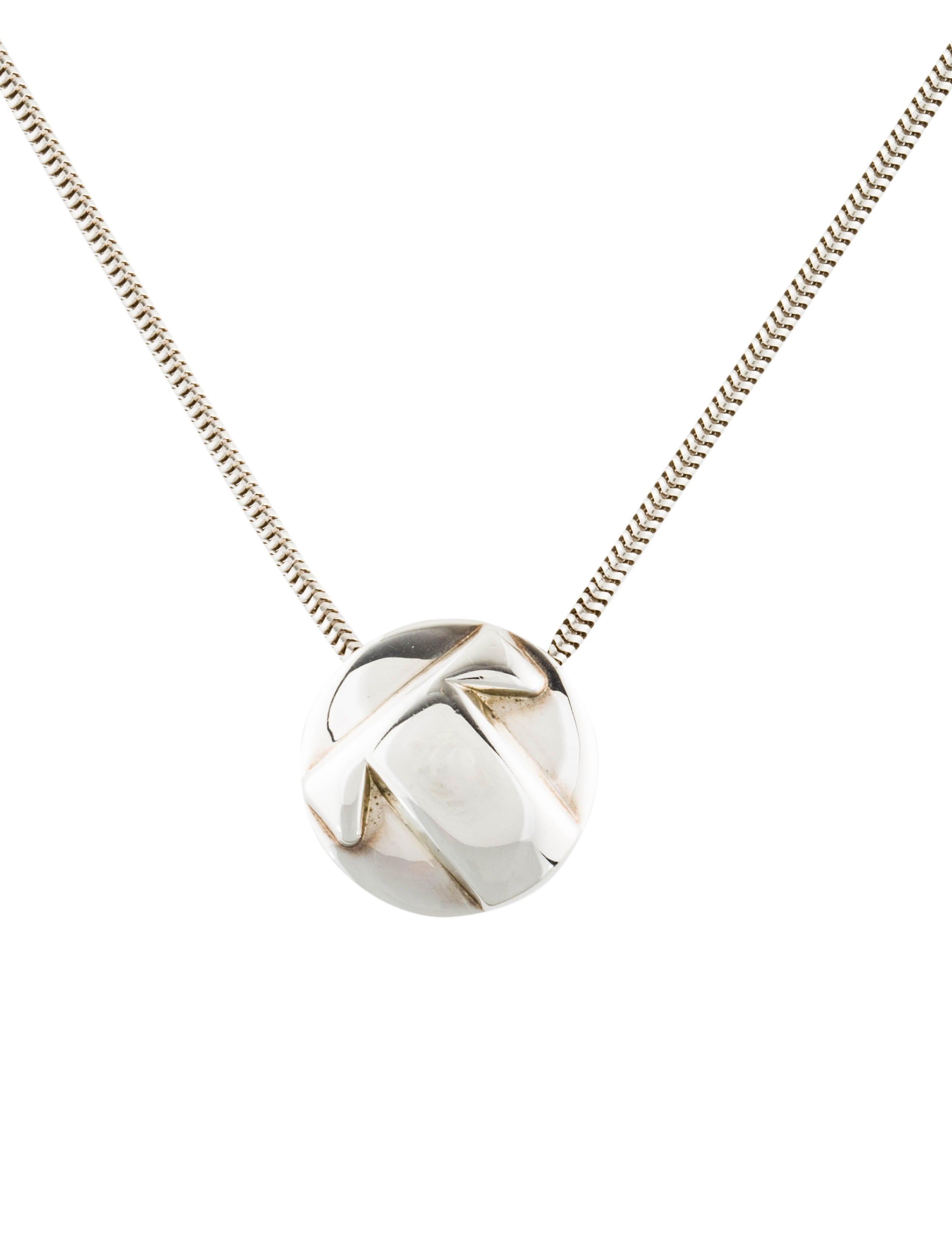 40d7e990d Tiffany Co Round Initial Pendant Necklace Necklaces Tif76483