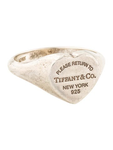 e4d11b1bb Tiffany & Co. Heart Signet Ring