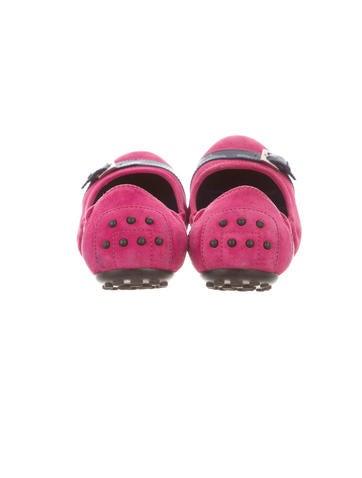 Round-Toe Flats