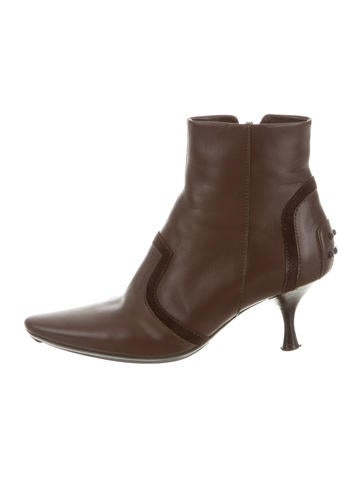 Tod's Leather Pointed-Toe Booties None