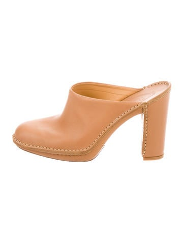 Tod's Round-Toe Leather Mules None