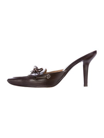 Tod's Leather Bow-Accented Mules None