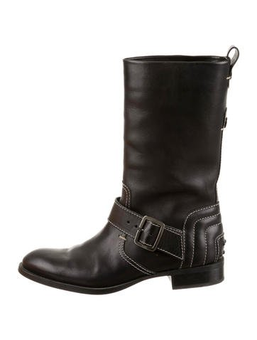Tod's Boots None