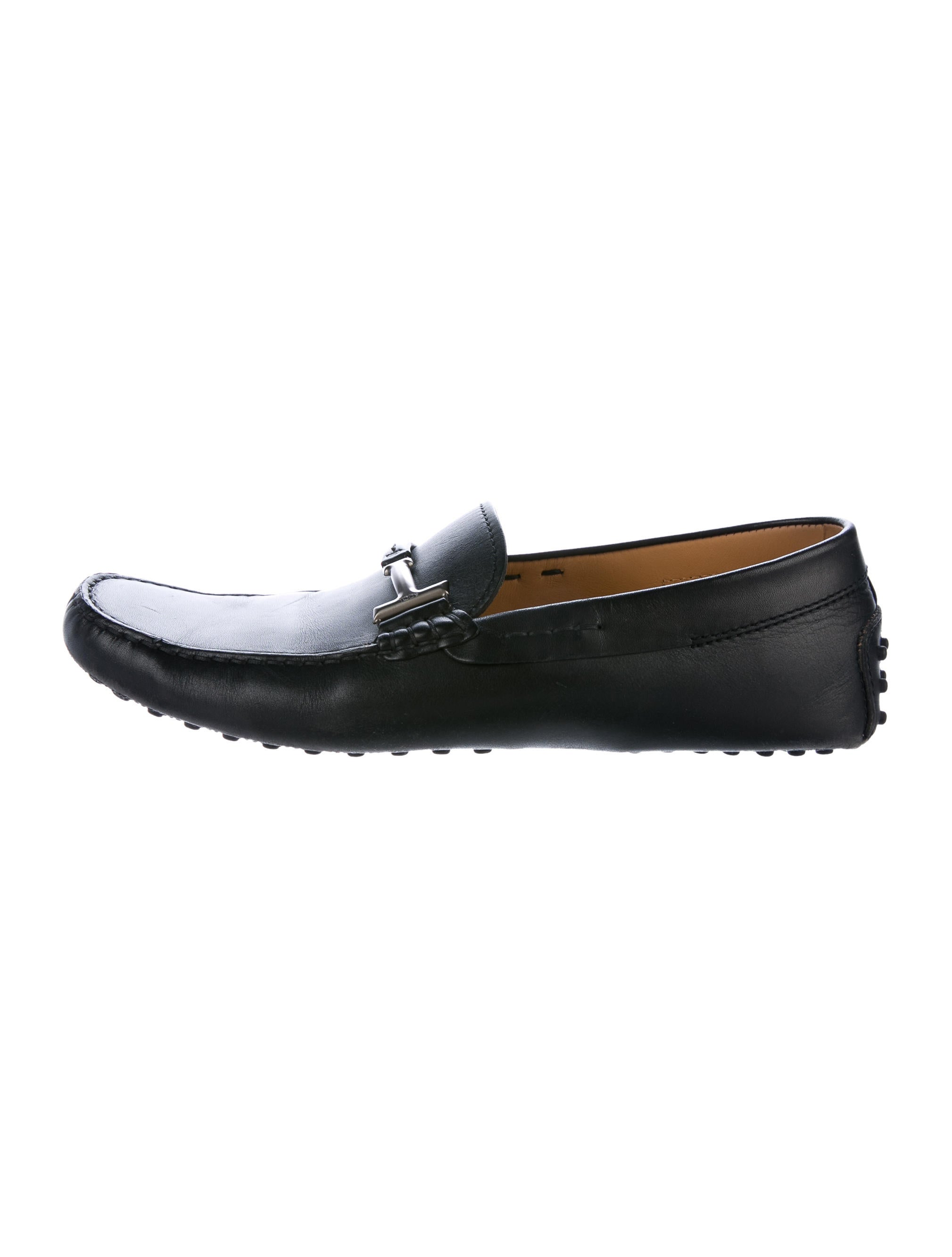 tod s leather driving shoes shoes tod42759 the realreal