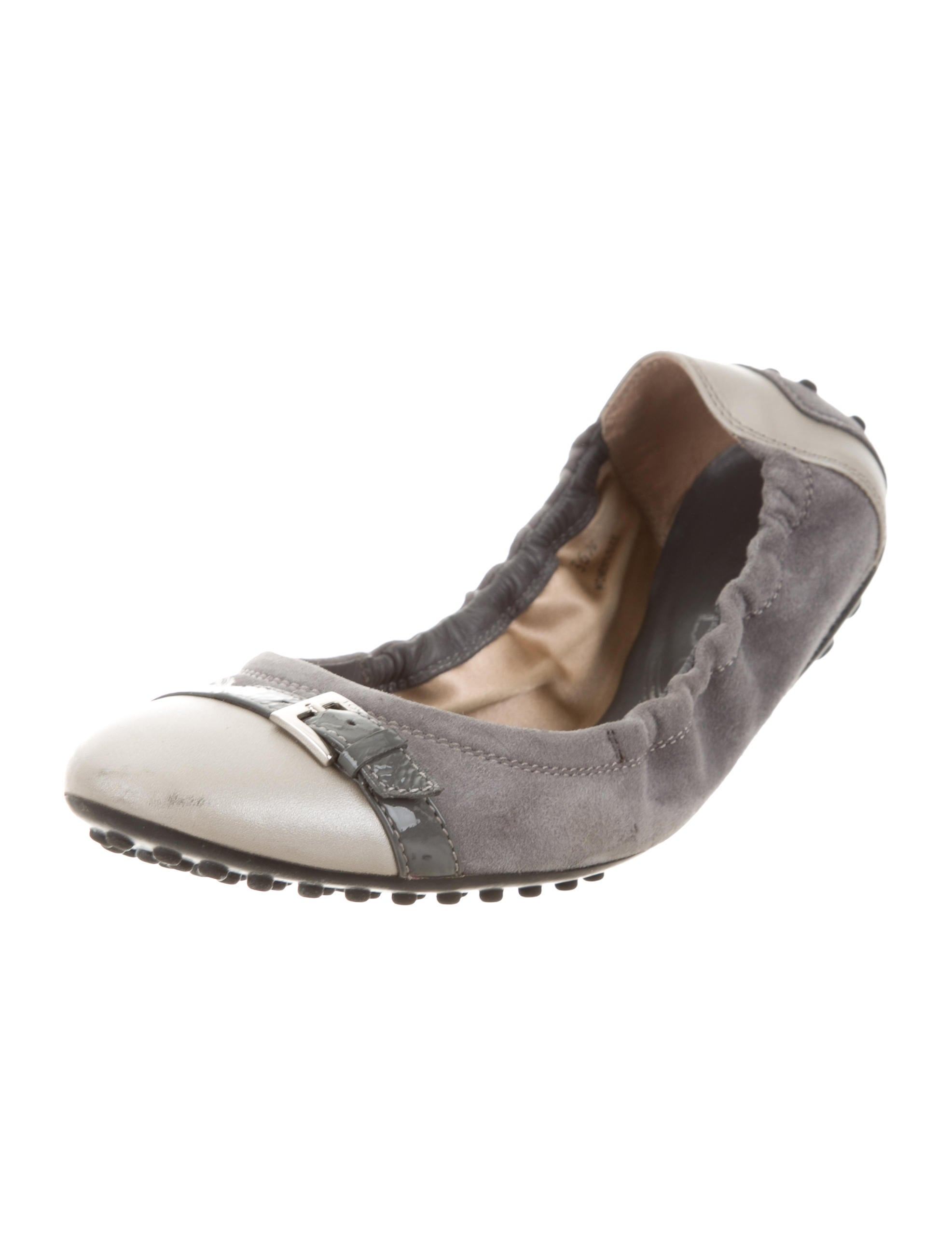 Tod's Buckle-Accented Round-Toe Flats footaction for sale zkCV8