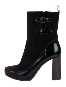 d07b1aa8467 Tod's Boots | The RealReal