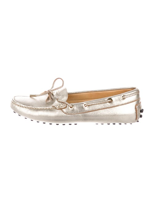 Tod's Leather Bow Accents Moccasins Gold