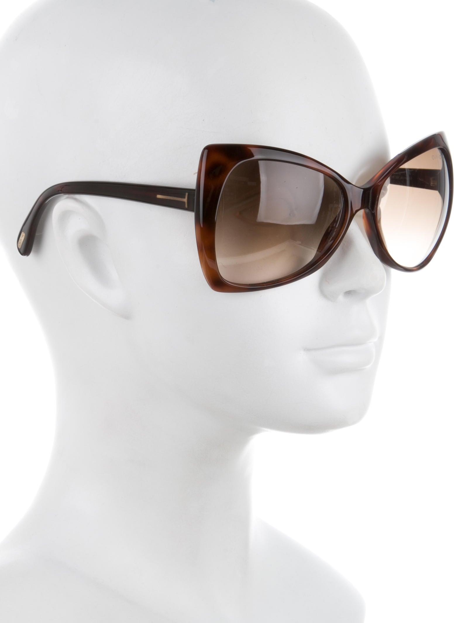 832a0c261b45 ... Tom Ford Nico Sunglasses - Accessories - TOM33320