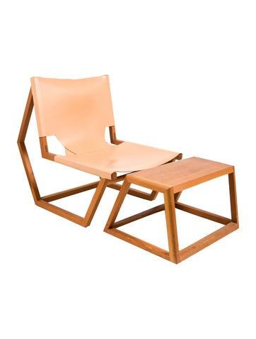 Totokaelo Olmstead Chair