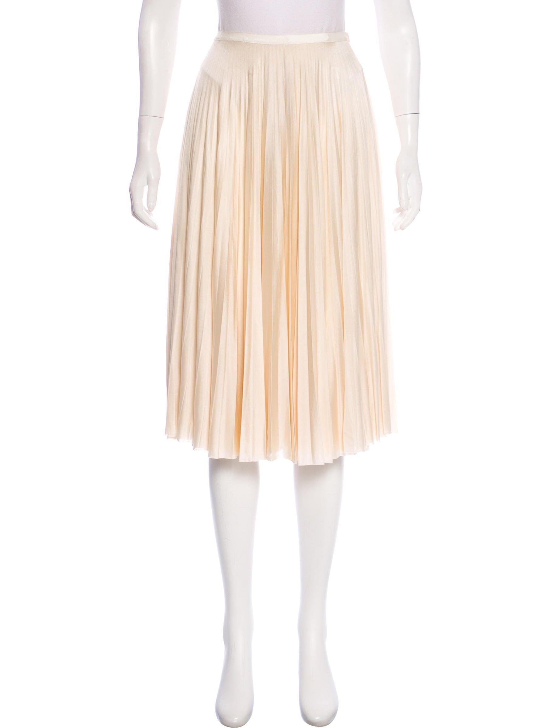 033fb058a5 TSE Cashmere Pleated Midi Skirt - Clothing - TSCHG21062 | The RealReal