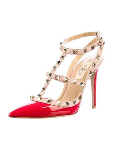 valentino rockstud pumps  shoes  val10272  the realreal