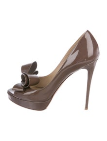 cb9a739a4886 Valentino Shoes