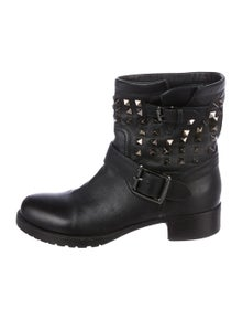 8d5e6d602a791 Valentino Rockstud Ankle Boots   The RealReal