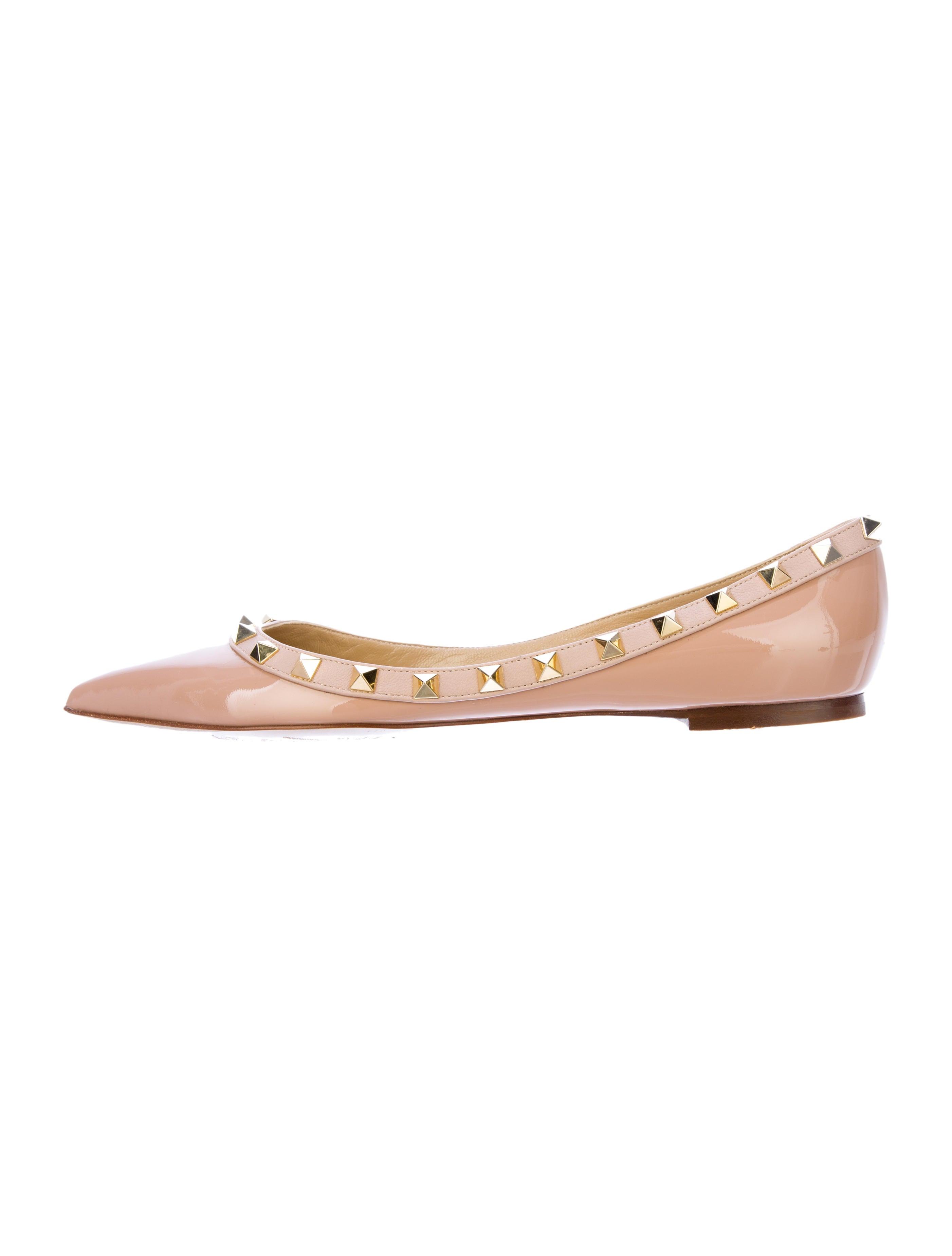 3d05b68e6a86 Valentino Rockstud Flats - Shoes - VAL25440