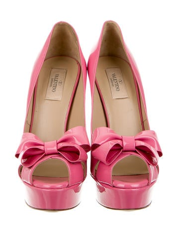 Patent Leather Bow Pumps