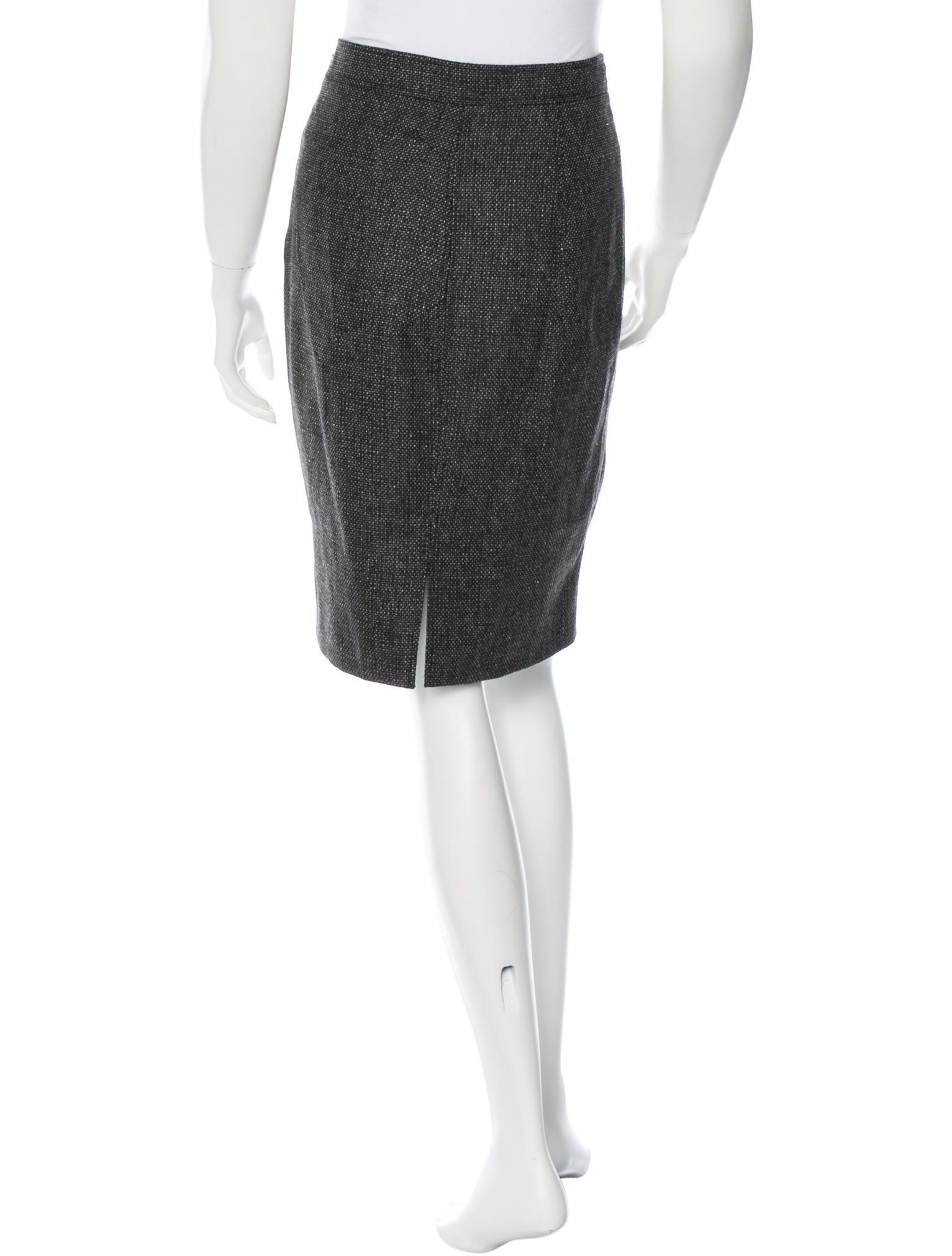 valentino knee length pencil skirt clothing val48798