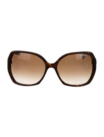 Valentino Oversize Rockstud Sunglasses None