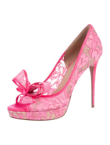 Lace Couture Bow Platform Pumps