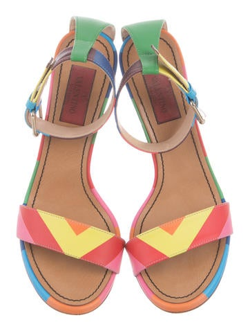1973 Leather Sandals