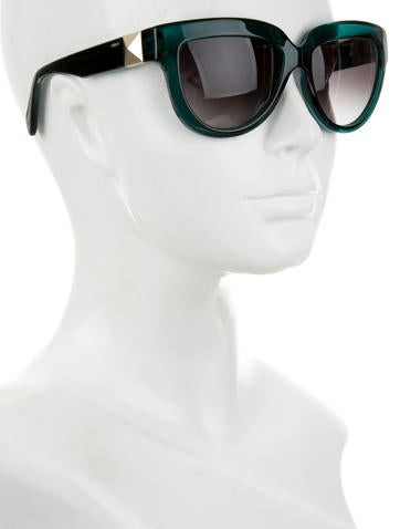 Rockstud Cat-Eye Sunglasses