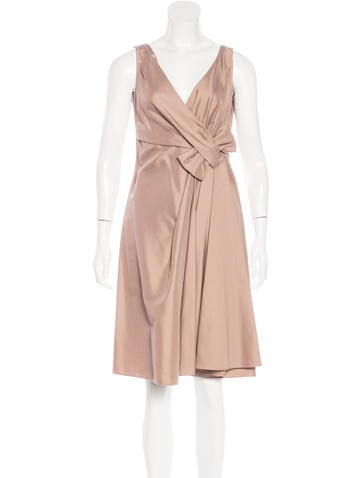 Valentino Sleeveless Bow-Accented Dress None