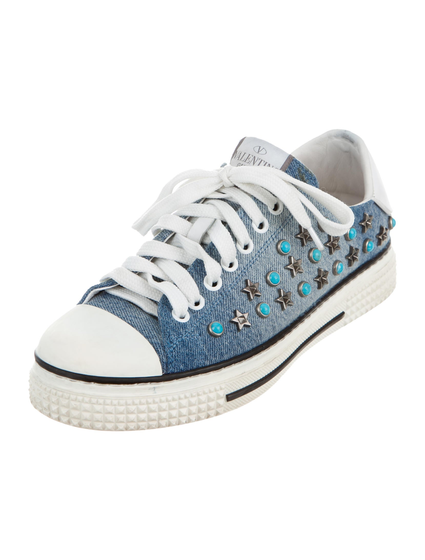 Valentino Star Studded Sneakers Shoes Val62534 The