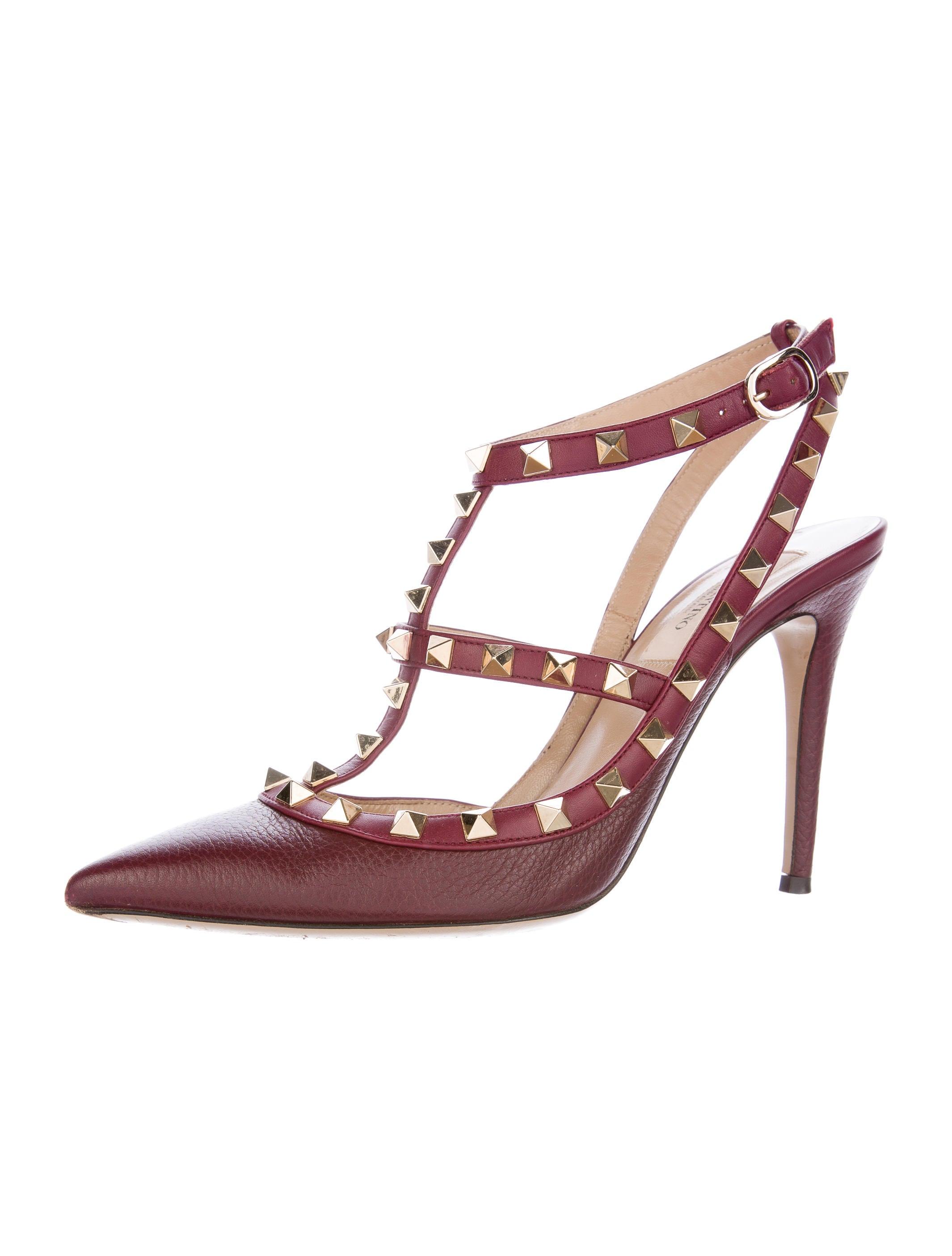 valentino rockstud pointed toe pumps shoes val64187. Black Bedroom Furniture Sets. Home Design Ideas