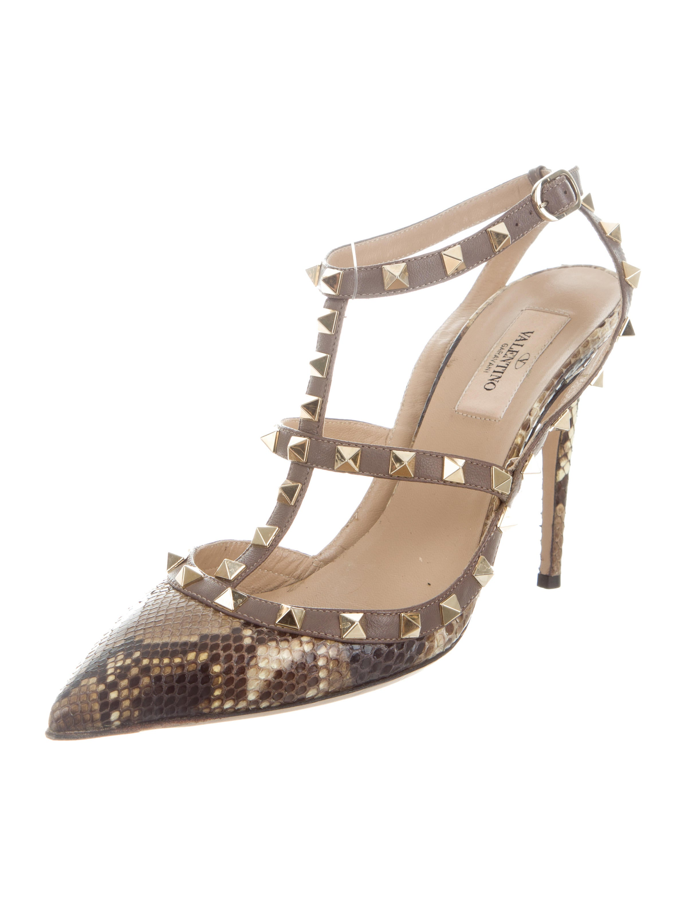valentino snakeskin rockstud noir pumps shoes val65802 the realreal. Black Bedroom Furniture Sets. Home Design Ideas