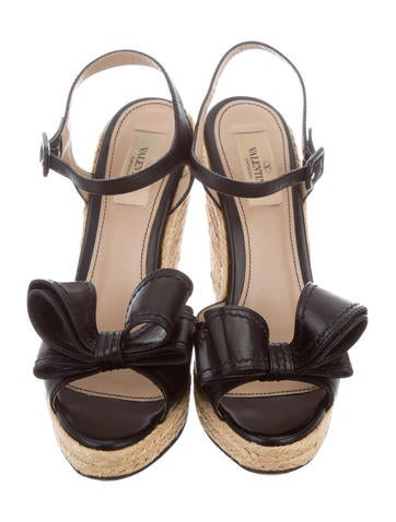 valentino leather bow wedges shoes val68574 the realreal